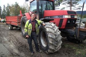 Det är rejäla dragdoningar som Gunnar Sundström har i sin verksamhet.