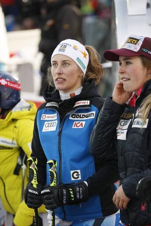 Kajsa Kling, till vänster, vann lördagens SM-störtlopp på hemmaplan i Åre.