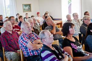 Ett 50-tal personer besökte hembygdsgården i Färila för att lyssna på en föreläsning om björnen.