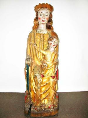 Den 85 cm höga Jungfru Maria- figuren stals från Österheds kapell i juni förra året.