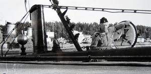 Efter sina år som pärldykare återvände Kent Sjögren till Sverige där han utbildade sig till attackdykare och tjänstgjorde på ubåten Spiggen som var specialutrustad just för attackdykare.