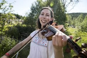 Violinisten Bridget Marsden lämnade England för att komma närmre den svenska folkmusiken.