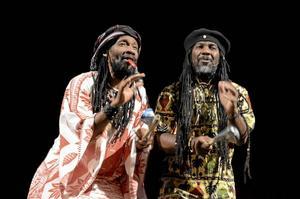 Bröder från Madagaskar. Kilema och Nesta har besökt Sverige under varje turné de senaste åren.