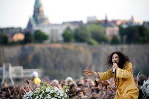 Ska sjunga för västeråsarna. Thomas DiLeva gästar Västerås Cityfestival, tillsammans med bland annat September och Petter.