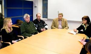 Presskonferens. I går medverkade flera politiker vid en presskonferens i Borlänge centrum. Foto:JosephineBiörs/praktikant