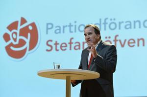 Stefan Löfvens socialdemokrater har gått fram ordentligt sedan november i fjol - men ändå backat sedan maj.