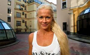 Malena Ernman går ut i hetluften i kväll.