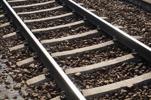 Norrlandsförbundet tror att en större satsning på järnväg skulle leda till ökande konkurrenskraft och färre landsvägsmil för den norrländska exporten.