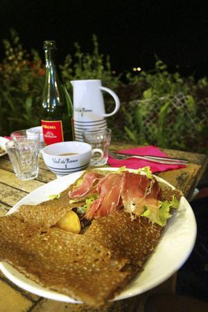 I det franska köket ingår så klart den klassiska galetten med den utsökta franska torra cidern.