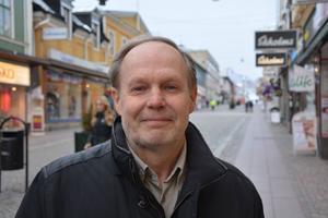 Lars Söderlind, Domsjö:– Den ska jag fira som alla andra dagar. Med att vara glad och vänlig mot kamrater, medarbetare och släkt och vänner.