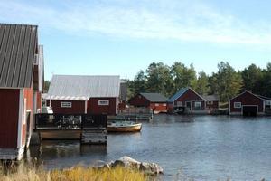Bevaras. Sikhjälma fiskehamn ska skyddas mot större förändringar. Kommunen tar därför fram områdesbestämmelser för båthusen.