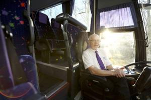 Sven-Bertil Lidberg, Svenssons Saxvallen, har märkt att fler väljer att åka buss i Åre kommun. Flest resenärer finns det längs sträckan Järpen-Duved.