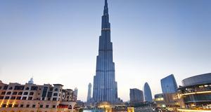 Burj al Khalifa är världens högsta byggnad och naturligtvis en riktig turistmagnet.