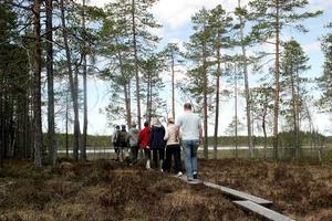 Det var många intresserade som följde med på de turer som ordnades under dagen.