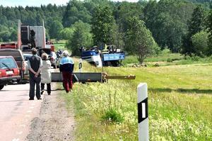 Länsväg 292 stängdes av helt efter olyckan.