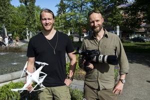 Nils Bjuggestam och Fredrik Pusa från Loveframe har stått för kameraarbetet under produktionen. Nu väntar klippning av allt material.
