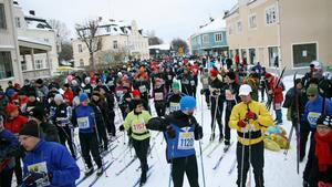 Motionärerna stakar igång i Engelbrektsloppet (60 kilometer) och i Engelbrektshalvan (30 kilometer).