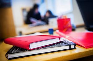 Lärarbrist och svårigheter med att rekrytera rektorer har varit ett återkommande problem för barn- och utbildningsnämnden de senaste åren.