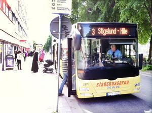 I Sverige ska det inte förekomma könsuppdelning på bussar.