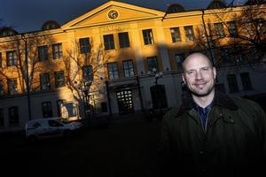 Umeås kommunalråd Hans Lindberg är glad. Norrlänningarna föredrar hans stad.