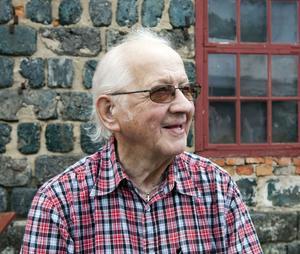 Sven Westrin från Örebro har följt flera av uppsättningarna med amatörteatergruppen Tors hammare genom åren.