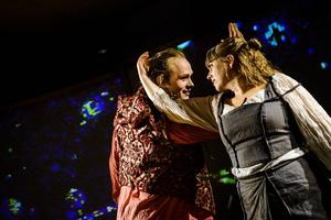 Alexander Lindman och Anna Brixter som Romeo och Julia.