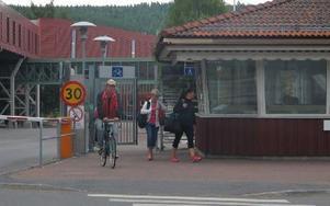 Ytterligare minskning av personalen på Kvarnsvedens pappersbruk föreslås med totalt 75 personer. Foto: Roland Engvall