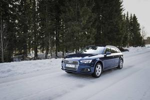 Nya A4 imponerar med underbara köregenskaper,