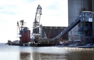 Miljögifter rördes upp från havsbotten utanför Kubal.