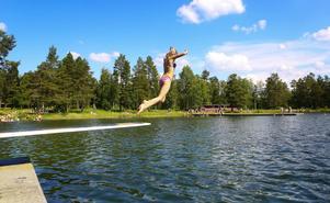 Många Östersundare passar under varma sommardagar på att besöka Önsjön.