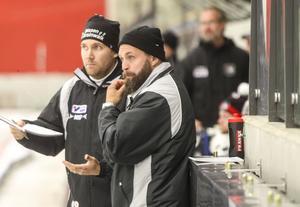 Olle Wiberg och Oscar Robertsson, tränare i Tillberga.