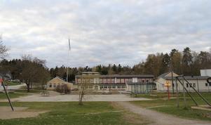 Lärarna är för få. Därför stängs skolan i Stora Vika.