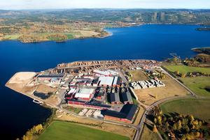 Planerna på att bygga ut containerterminalen i Insjön överklagas.