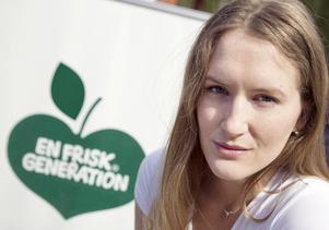 Malin Alm på En frisk generation har låtit barn på Blombackaskolan och Fornbackaskolan testa på att motionera sen projektet drog i gång 2011.