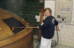 De femtio år gamla öppna jäskaren i Zeunerts bryggeri är numera en specialitet.