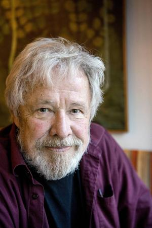 Sven Wollter fyllde 82 år i år och har precis debuterat som romanförfattare med