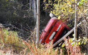 Olyckan skedde strax efter en skarp högerkurva. Foto: Ola Svärdhagen/Hela Hälsingland