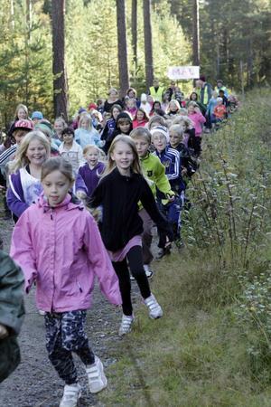 Klass 1-3 och förskolan hade sin start och målgång i Storskogen.
