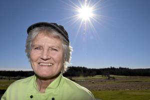 """Ny arrendator. Eva Magnusson hade planerat att hålla golfrestaurangen öppen några dagar i veckan till att börja med. """"Men jag fick så bra respons av gästerna första helgen så jag har beslutat att hålla öppet sju dagar i veckan, i sju månader."""""""