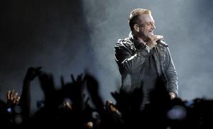 Bono och resten av U2 sparkade i gång sin världsturné
