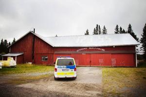 Polisen larmades till ett inbrott i en hangar på Teknikland. Några spår efter inbrott gick inte att hitta.