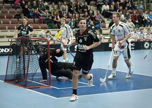 Alexander Galante Carlström stod för tre av IBF Faluns mål.