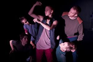 Streetdanceföreställningen TUGG kommer till Virsbo på onsdag.