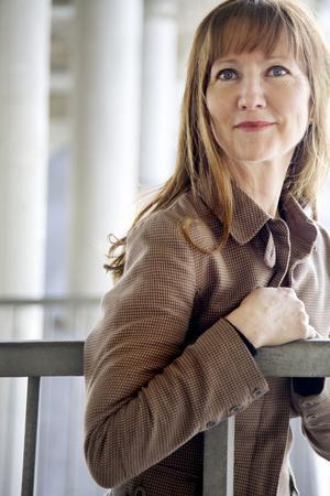 Också DT:s recensent hyllar Madeleine Hessérus senaste roman. Helsingborgs Dagblad menar att det är självklart att hon ska nomineras till Augustpriset.Foto: Mia Carlsson