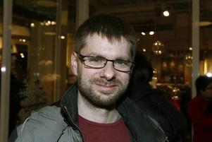 Mats Hjelmblom, 35 år, lärare, Gävle.Jag tycker mörkret är ganska mysigt. Det är faktiskt värre på våren när ljuset kommer tillbaka. Då drabbas jag av vårtrötthet.
