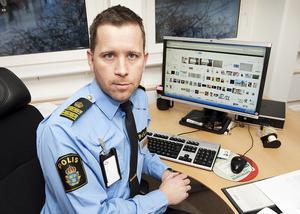 Regionens aktiva nazister växer i antal. Enligt  Robert Öhman, underrättelsetjänstens chef i region nord, har polisen bra koll på vilka personer det handlar om.