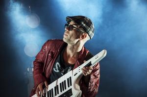 Eric Amarillo uppträder under årets Nipyra i Sollefteå, som blev en lyckad och välbesökt festivalupplaga.