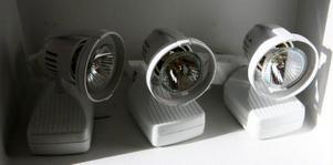 Spotlights som drivs av 12 volt och är på 20 watt motsvarar en vanlig glödlampa på 50 watt.Foto: Lars Dahlström