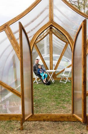 Magnus Gunnarsson behövde ett växthus, och det bidde ett växthus, kanske inte ett traditionellt men nog så populärt.