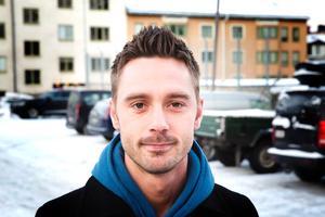 Joakim Carlqvist, 28, tekniker, parkeringen vid gamla polishuset: – Närheten till dit jag ska. Men jag hade kanske tänkt annorlunda om jag visste innan hur mycket det kostade här.